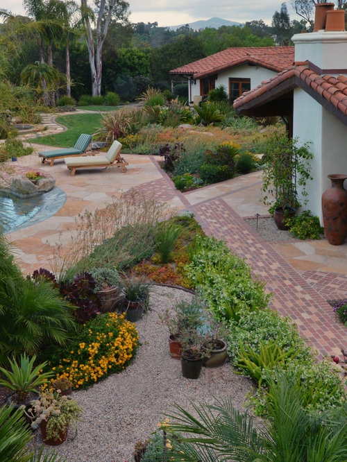 Rancho santa fe spanish colonial landscape for Colonial landscape design