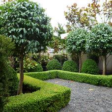Modern Landscape by Folia Horticultural + Design