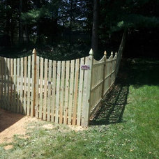 Traditional Landscape by Beitzell Fence