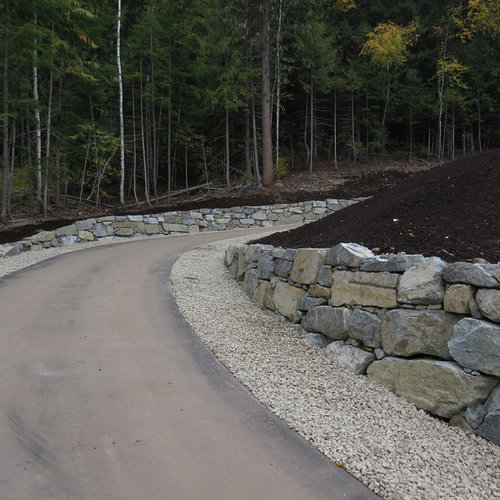 Sloped driveway ideas houzz for Sloped driveway options