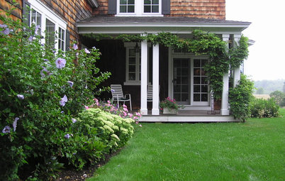 Lay of the Landscape: Traditional Garden Style