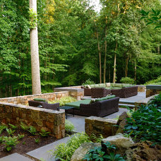 Transitional Landscape by SURROUNDS Landscape Architecture + Construction