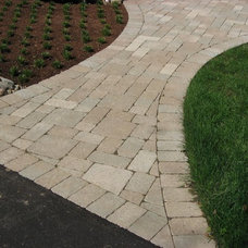 Traditional Landscape by Midwest Block & Brick