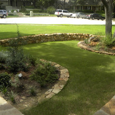 Traditional Landscape by 3rd Street Custom Homes