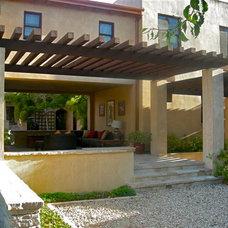 Eclectic Landscape by Rue Group, Inc. / Kathryn Rue, Landscape Architect
