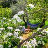 Platz an der Sonne: So gestalten Sie eine Sitzecke im Garten