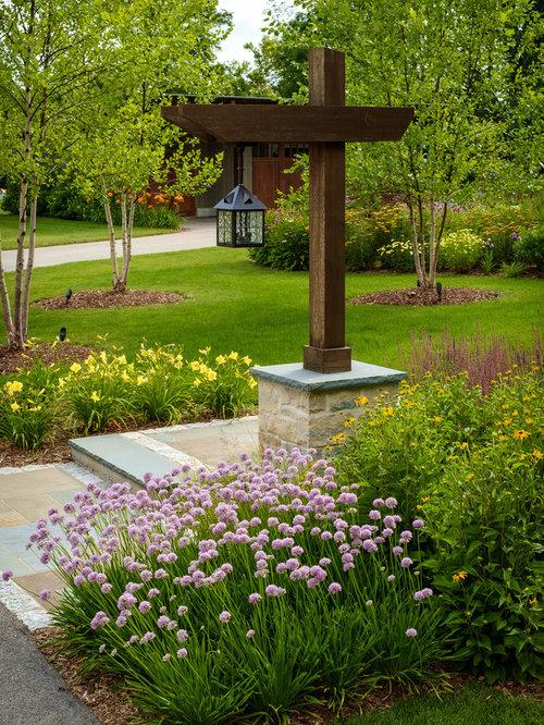 front yard landscaping light poles for front yard front yard. Black Bedroom Furniture Sets. Home Design Ideas