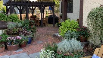 Saint Paul Tudor Garden