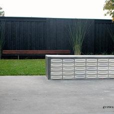 Midcentury  by Growsgreen Landscape Design