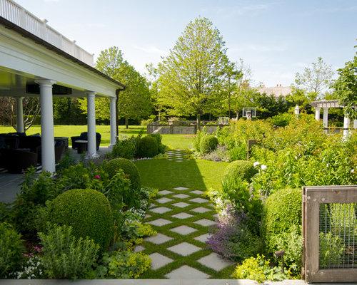 Checkerboard patio ideas pictures remodel and decor for Checkerboard garden designs