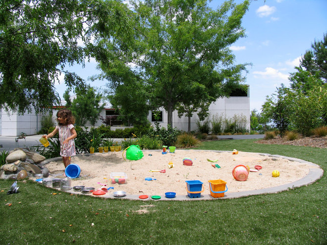 Eclectic Kids by Design Focus Int'l Landscape Architecture & Build