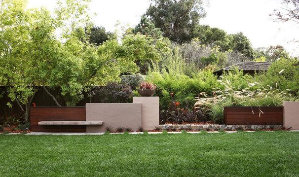 Contemporary Landscape by Arterra Landscape Architects