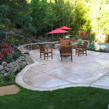Seat Wall, Patio, Fire Pit