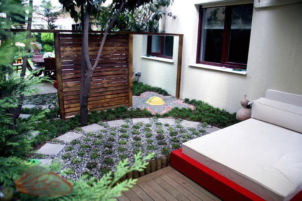 Modern Landscape by pinea landscape architecture
