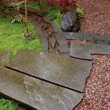 Asian Landscape by Sculpt Gardens Inc.