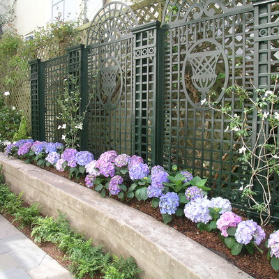 This is an example of a traditional retaining wall landscape in San Francisco.
