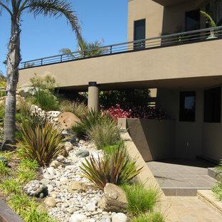 Photo of a contemporary rock hillside river rock landscaping in San Luis Obispo.