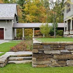 traditional landscape by Smith & Vansant Architects PC