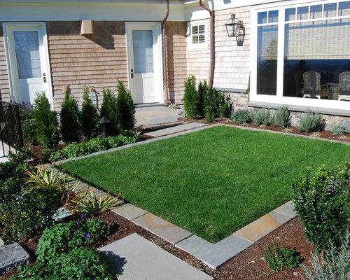 Small Lawns | Houzz