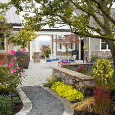 Eclectic Landscape by Dan Nelson, Designs Northwest Architects
