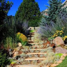 Traditional Landscape by Hedstrom Property Enhancement