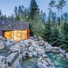 Rustic Landscape by Carney Logan Burke Architects