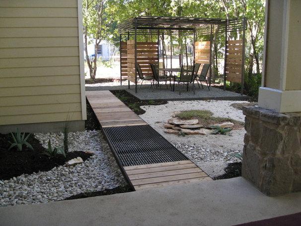 Contemporary Landscape Small Backyard Oasis