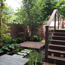 Contemporary Landscape by TOPIA solutions jardins