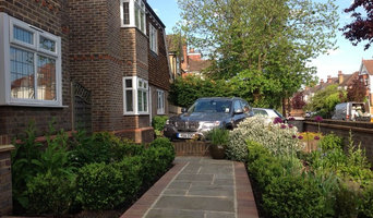 Small front garden in Bromley