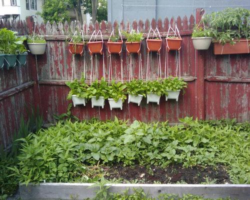 Hanging herb garden home design ideas pictures remodel for Hanging vegetable garden ideas