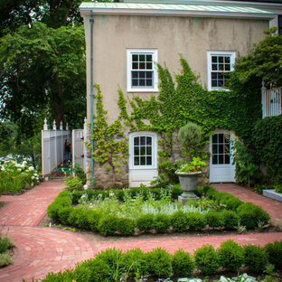 Photo of a victorian landscaping in Boston.