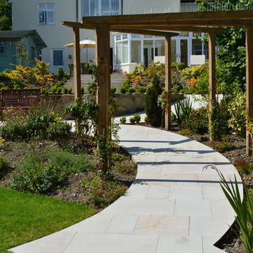 Smooth Natural Sandstone Paving - Curved Path