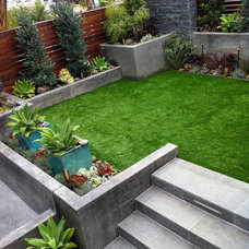Modern Landscape by JDS OUTDOOR DESIGNS