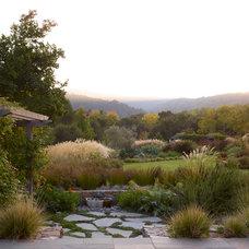 Farmhouse Landscape by Gardenart Group