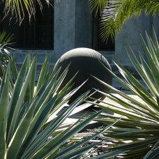 Modern Landscape by Susan Mills Design