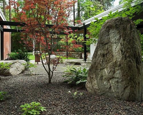 Midcentury Modern Landscaping Ideas & Design Photos | Houzz