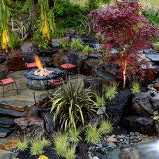 Tropical Landscape by Alderwood Landscape Architecture and Construction