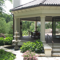 Traditional Landscape by Goldberg Design Group, Inc.