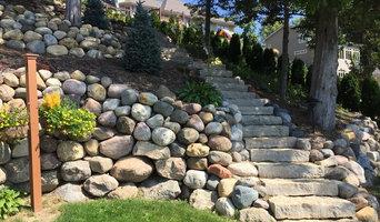 Steps & walls for steep slopes