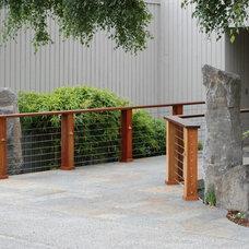 Contemporary Landscape by Avalon Northwest Landscape, LLC