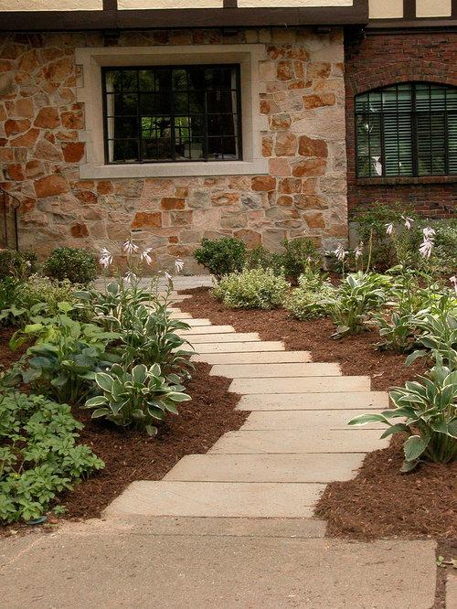 Stone And Mulch Walkway Houzz