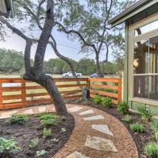 Craftsman Landscape by Barron Custom Design, LLC