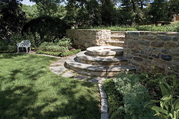 Traditional Landscape by Penza Bailey Architects