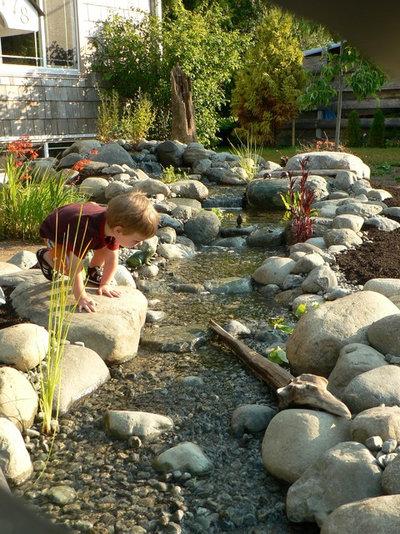 Klassisk Trädgård by Island Waterscape & Design Ltd