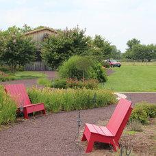 Farmhouse Landscape by Revolutionary Gardens