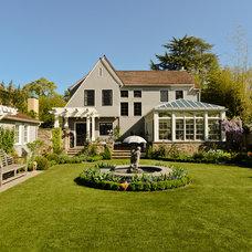 Craftsman Landscape by FGY Architects