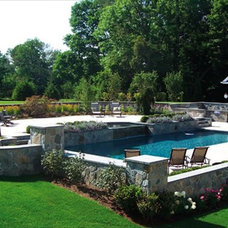 Traditional Landscape by Samarotto Design Group