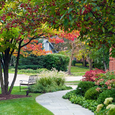 Traditional Landscape by NLH Landscape Architects