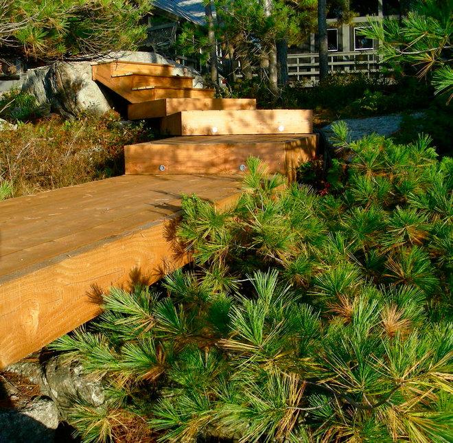 Contemporary Landscape by Owen Landscape Architect