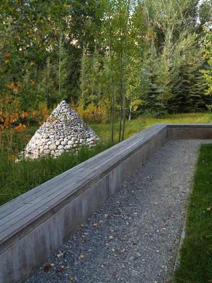 Rustic Landscape by Randy Thueme Design Inc. - Landscape Architecture